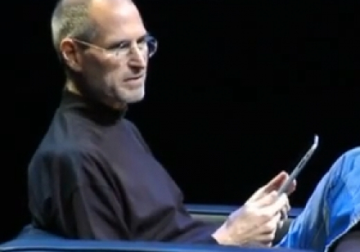 Steve Jobs demonstrerer Apple iPad